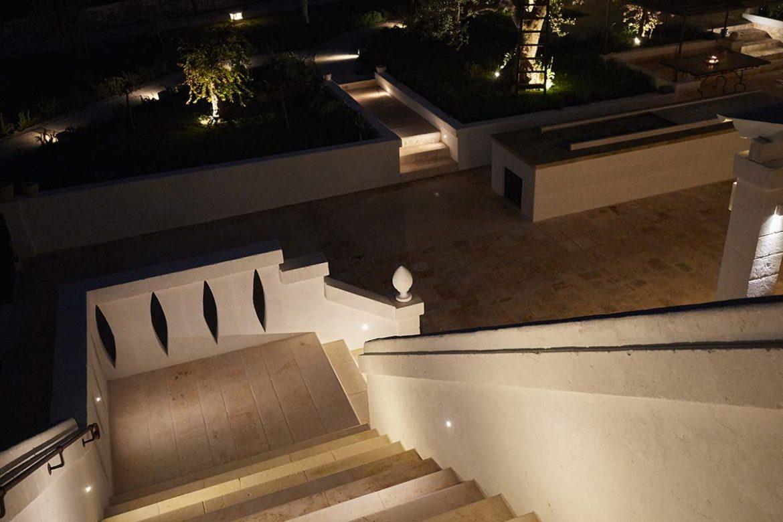 Particolare scalinata Masseria Almadava