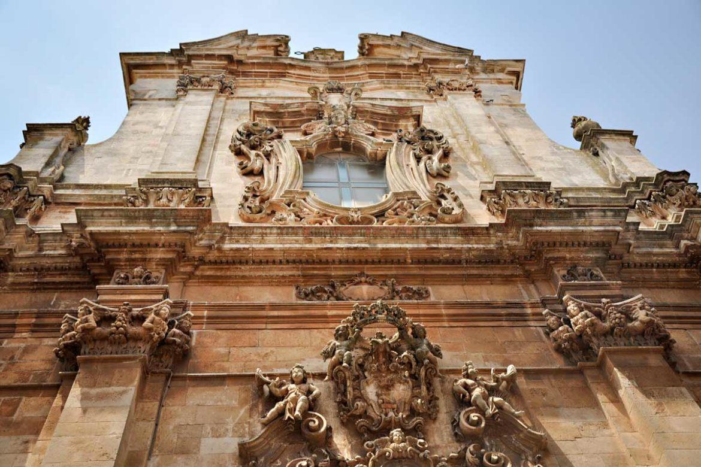 Basilica di San Martino Martina Franca a pochi chilometri da Masseria Almadava